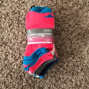 Accessories - Women's Athletic Socks